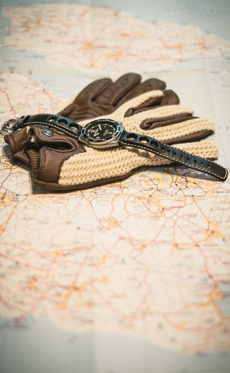 10_JCR_180714_driving gloves_no wm_ps